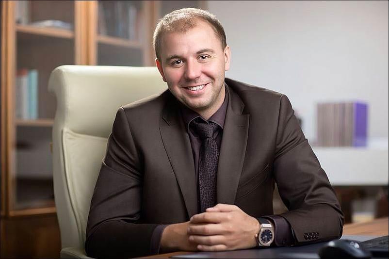 Натяжные потолки в СПб от 120 р/м. Дешевые потолки. Авангард